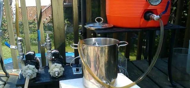 Self brewing equipment